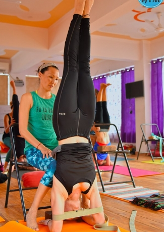 100-hour yoga course in Rishikesh, India