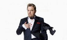 Eddie Izzard Stands Up For Shelter