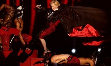 Rare Clip of Madonna Falling Over At The BRITS