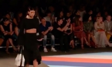 Catwalk Model Handles Falling Earring In Absurdly Graceful Manner