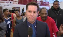 Snoop Dogg Photobombs Reporter