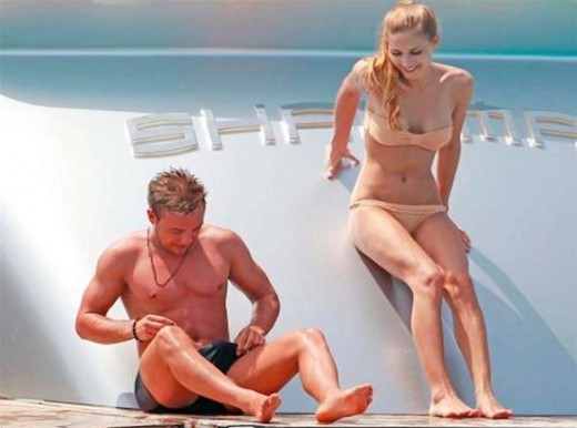 LOL Here's Mario Götze Popping A Major Boner On A Boat