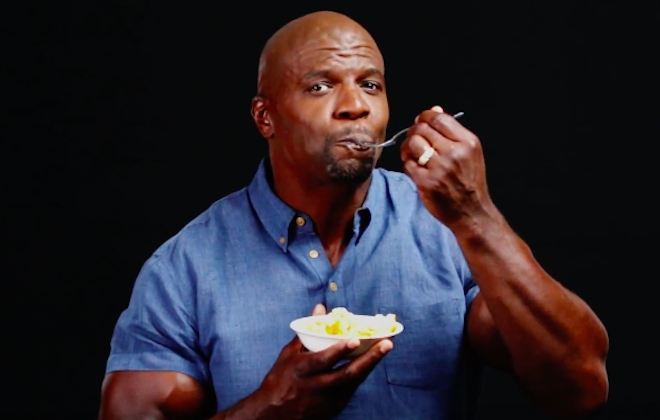 Terry Crews Shows You How To Cook His Signature Mac And Cheese