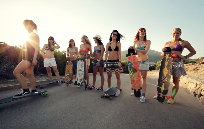 More Hot Girls Bombing Big Hills