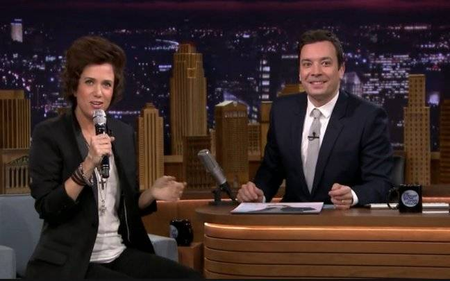 Jimmy Fallon Interviews Harry Styles (as Played by Kristen Wiig In A Wig)