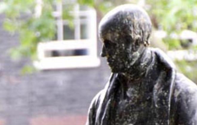 Statues of Politicians