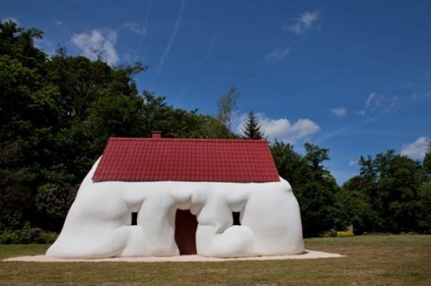 Bizarre Houses
