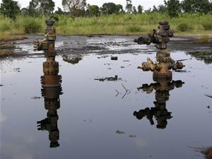 - EG_Shell_oil_spill_K-Dere